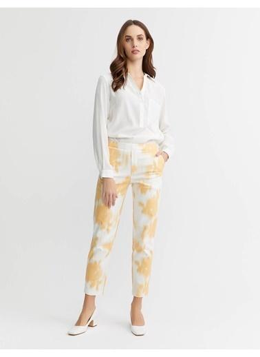 BGN Pamuk Karısım Batık Baskılı Dar Kesım Pantolon Renkli